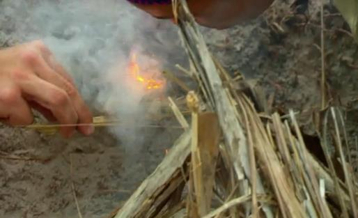 Survivor 31 Joe starts Fire2