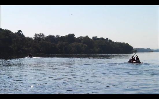 amazing race canoes team green texas